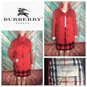 Burberry Quilted Stand Up Collar Belted Jacket